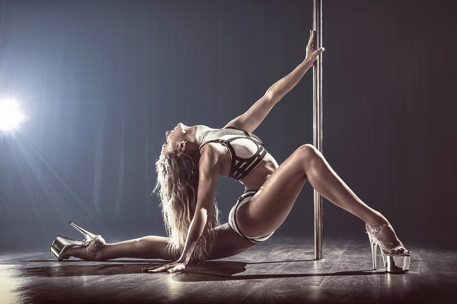 Виды танцев: pole dance, go-go, hip-hоp и т. д.