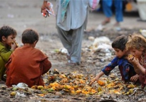 Гибель детей от голода