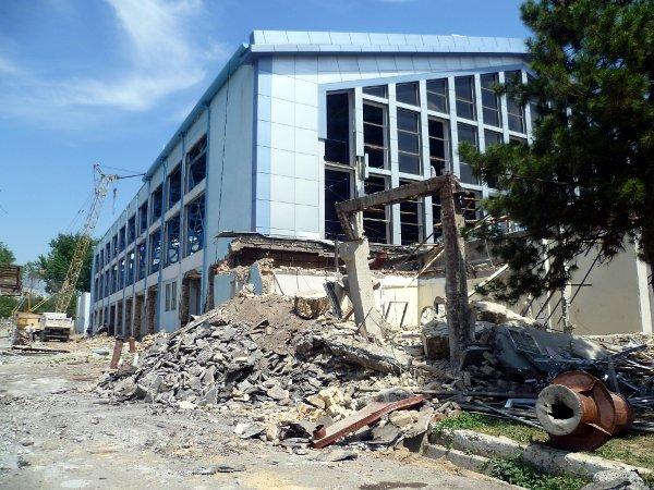 Завод «Фотон» и дворец Митрофанова готовят под снос
