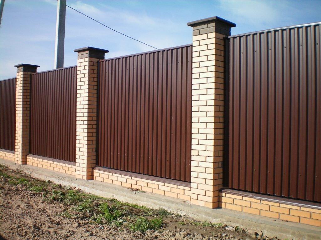 Профнастил - популярный и востребованный строительный материал