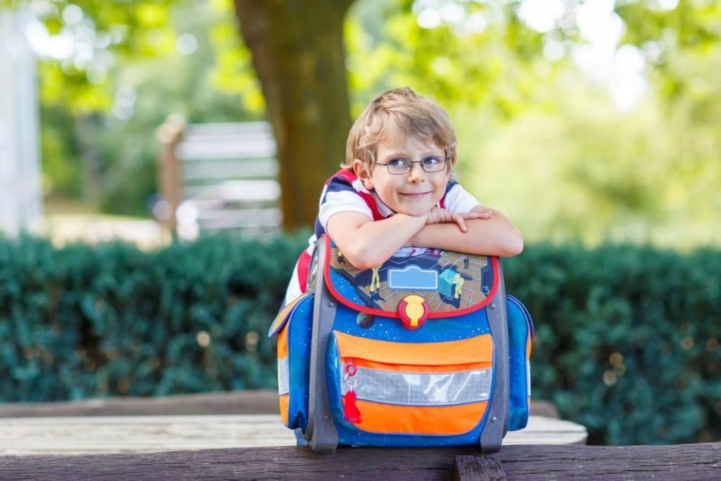 На чем можно сэкономить, собирая ребёнка к школе